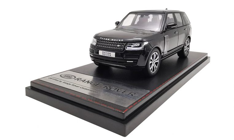 LCD43001BL - Range Rover Sv Autobiography Dynamic 2017 Black 143 LCD Models
