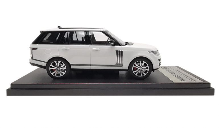 LCD43001WH-B-Range-Rover-Sv-Autobiography-Dynamic-2017-White-143-LCD-Models