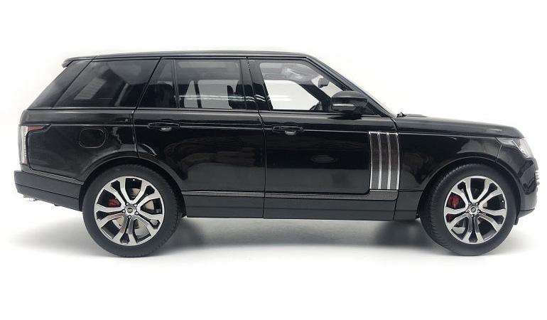 LCD 18001BL B Range Rover Sv Autobiography Dynamic 2017 Black 1-18 LCD Models
