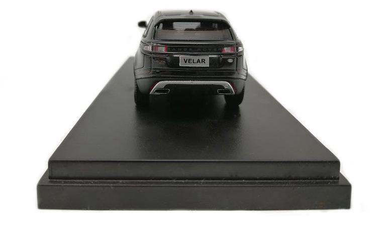 LCD 64001BL D Land Rover Range Rover Velar Black 2018 1-64 LCD Models