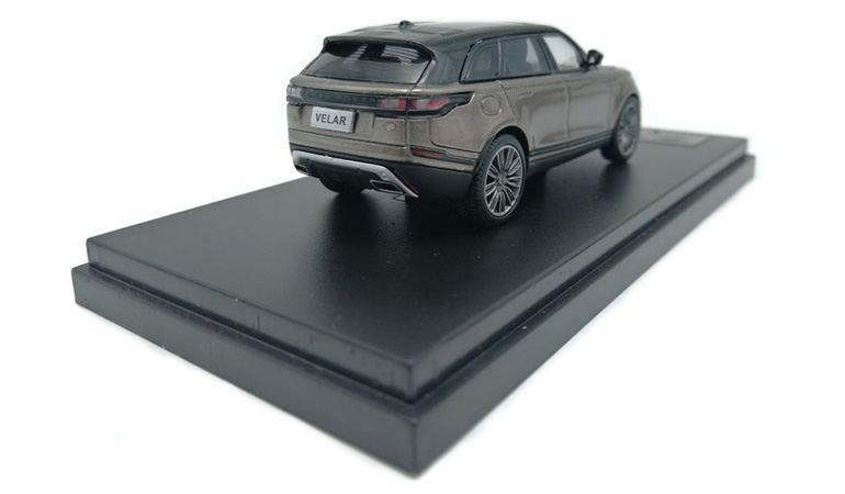 LCD 64001BR D Land Rover Range Rover Velar Brown 2018 1-64 LCD Models