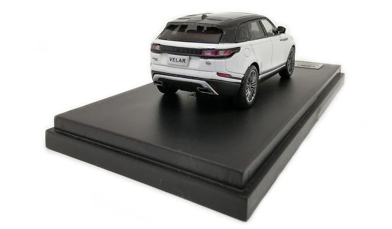LCD 64001WH D Land Rover Range Rover Velar White 2018 1-64 LCD Models