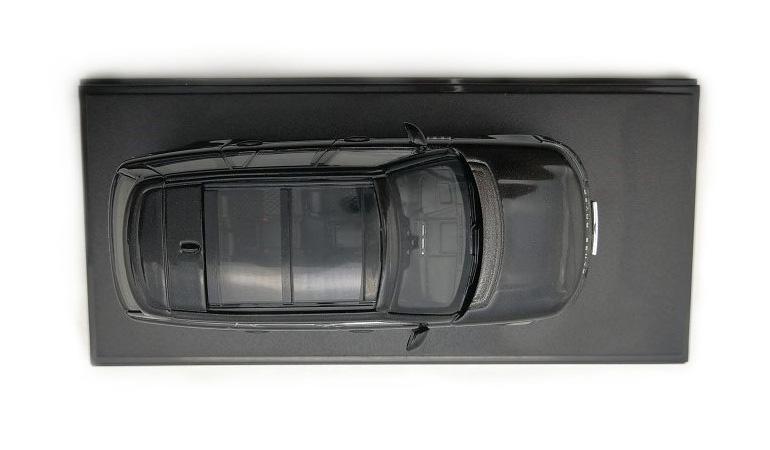 LCD 64002BL F Range Rover Sv Autobiography Dynamic 2017 Black 1-64 LCD Models