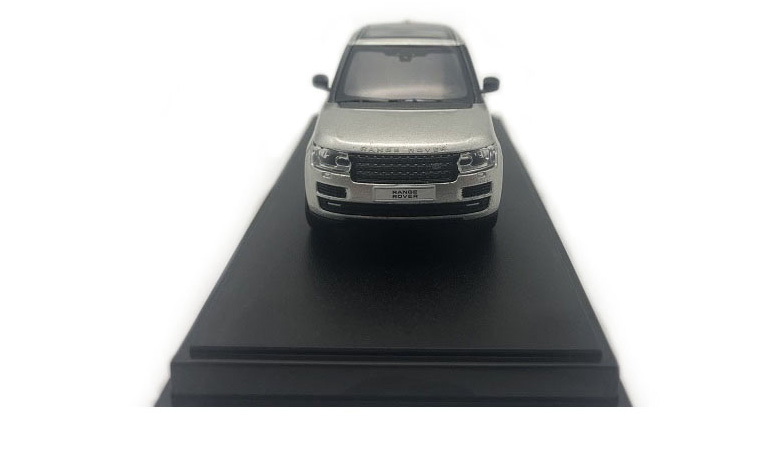LCD 64002CH D Range Rover Sv Autobiography Dynamic 2017 Champagne 1-64 LCD Models