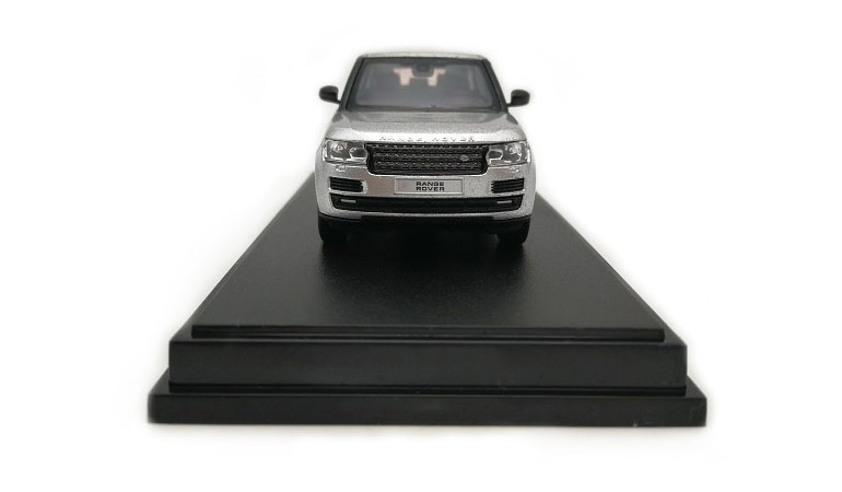 LCD 64002SI C Range Rover Sv Autobiography Dynamic 2017 Silver 1-64 LCD Models