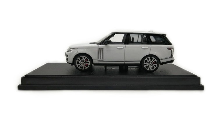 LCD 64002WH Range Rover Sv Autobiography Dynamic 2017 White 1-64 LCD Models