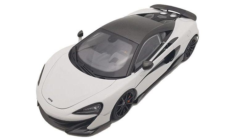 Modellino McLAREN-600LT colore bianco in scala 1/18 LCD Models
