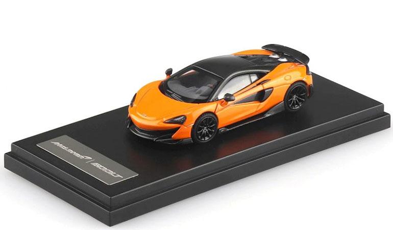 McLAREN 600LT modellino da collezione di colore arancione scala 1/64. LCD Models