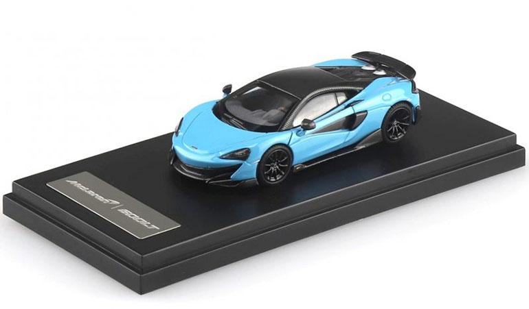 McLAREN 600LT modellino da collezione di colore blu chiaro scala 1/64. LCD Models